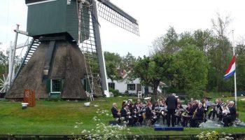 3.-Trouwe-Wachter,-Tienhoven---Dodenherdening-4-mei-2009
